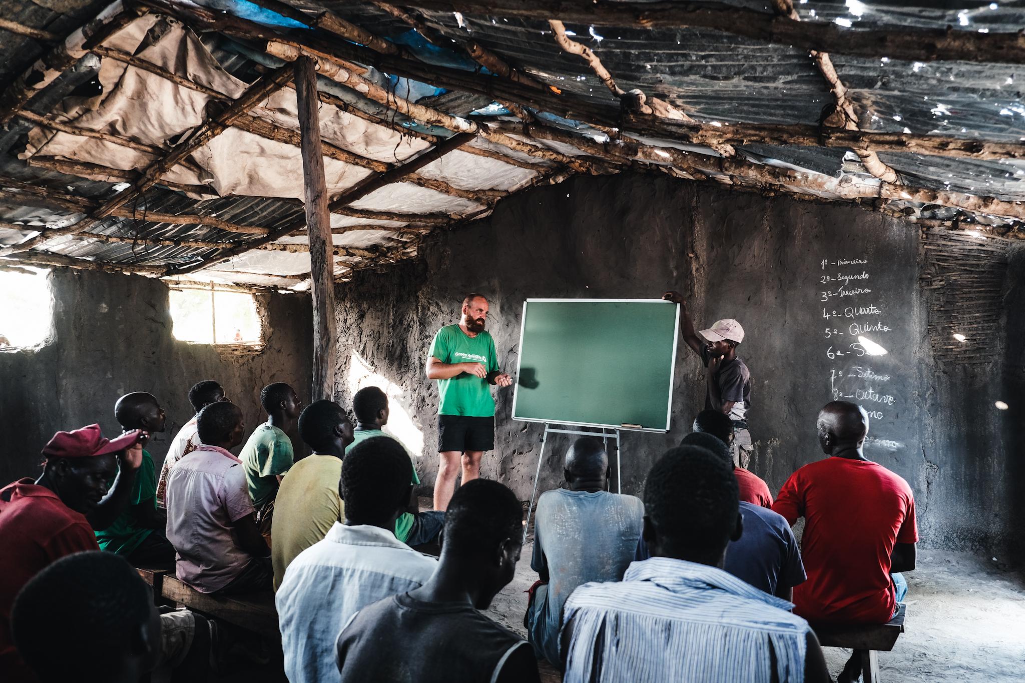 Martin Mikat in Mosambik, Foto: Jonas Ruhs