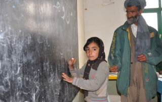 Eine Schülerin einer Grünhelme-Schule (Archivfoto)